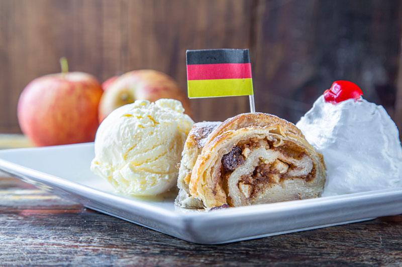 Apfelstrudel Biergarten Munique